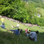 Coopers Hill Cheese Rolling and Wake  : la course au fromage