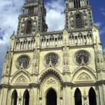 Différencier les églises