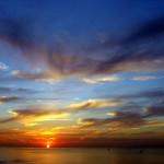 Pourquoi un coucher de soleil est rouge ? (ou «pourquoi le ciel est bleu ?», c'est la même chose)
